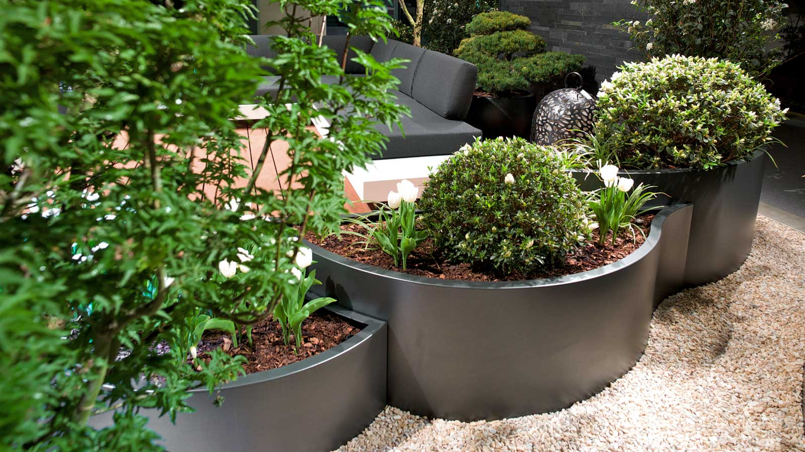 Plant troughs made of metal by Grütter Metallwaren AG, Swiss Made